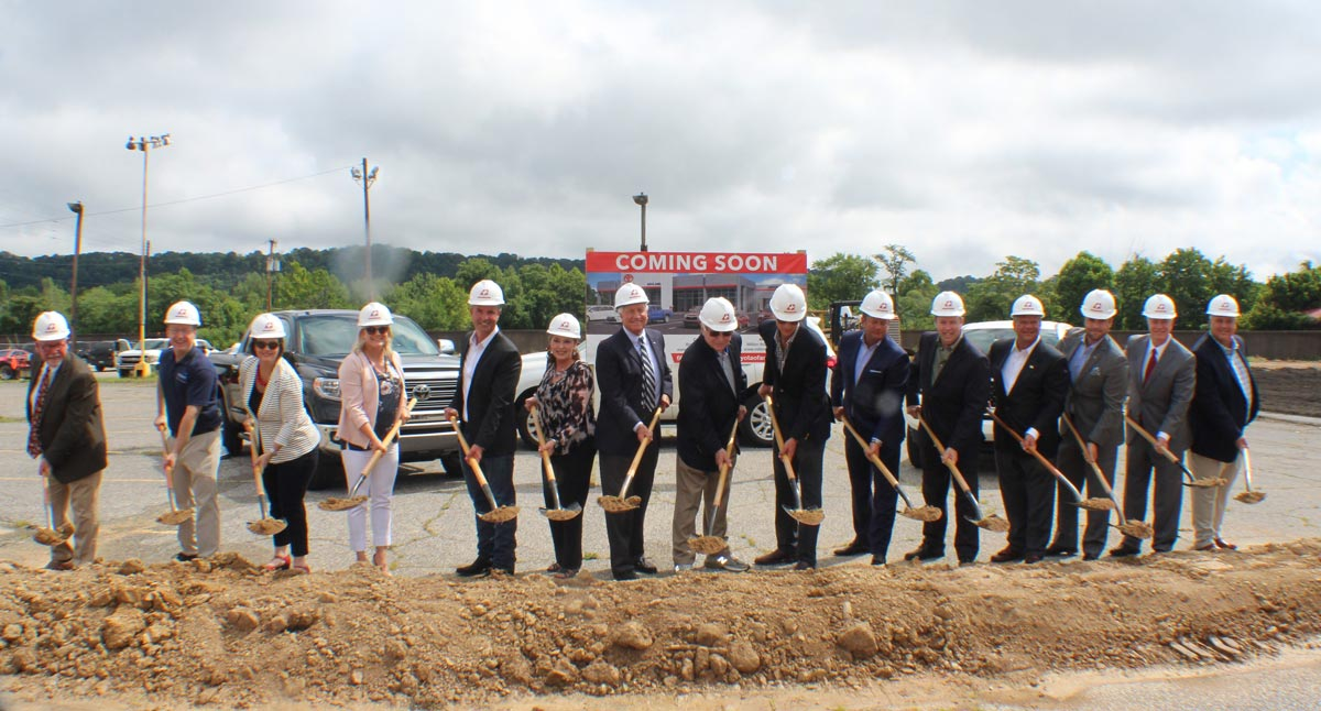 Green's Toyota of Ashland ground breaking.